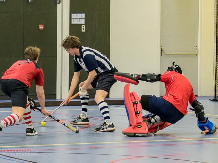 24-01-2015  hdm op play-offs LK indoor