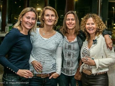 13-11-2015  hdm diner OUD dames 1
