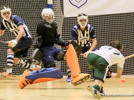 06-02-2016 hdm H1 verliest halve finale NK zaal