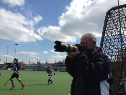 06-04-2013 Hoffotograaf Daan Rhijnsburger in actie