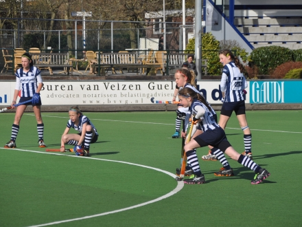 20-04-2013 hdm MD1 - Leiden MD1 3-0
